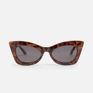 Tortoise cat eye sunglasses   Zara